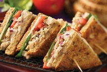 Sandwiches, burgers, toasts & wraps / by Amilka