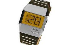Relojes Digitales / by TuTunca.es | Tu Buen Estilo | Eres Especial