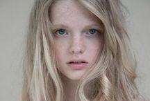 Characters : Female Blonde / by Yvette Bliekendaal