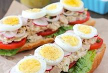 sandwiches.......many kinds.... / just yummy samdwiches / by Eve Gourley