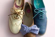Shoes& bags / by Semra Bayrak