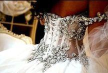 Weddingss / by Jenelle Shea