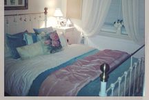 Boudoirs and bedrooms / Bedrooms, dressers and walk in wardrobes! / by Nicole Dujardin