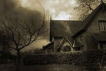 Haunted Houses / by Geisterportal