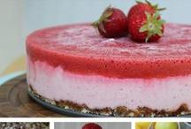 Vegan Pies/Cakes/Tarts / by Alicia Ⓥ Cervantez