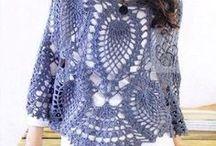 Crocheting / by Barbara Calixto