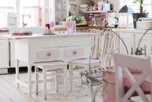 Kitchen / by Atelier Laura