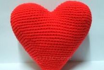 crochet / by Brittany Mikolite