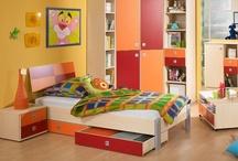 Dormitorios para niñ@s / by Adriana Rdz