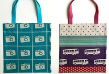 totes / by Jal W
