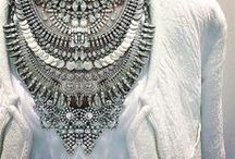 Jewels & Baubles / by Rachael Dorman