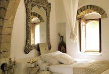 Beautiful bedrooms / by Fiona Cazaly