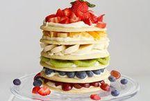 Healthy food / by Amna A. Althani