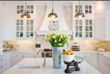 Kitchen / by Alina Iliceanu