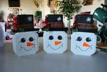 Christmas crafts I'm going to try / by Melissa Krupica Thorn