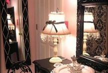 Should I decorate?  Well Yes! / Home Decor that I want but probably will never do / by Courtney Michelle