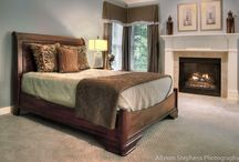 Master Spa-like Bedroom and Bath / by Brenda Lindley