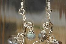 Jewelry ideas / by Nancy Barthol