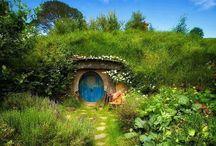 Garden, cob house and... / by Altaluna
