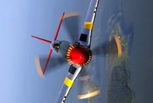 airplanes / by Susan Cabrera