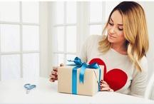 Gifting / by Hannah