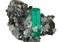 May- Emerald / May's birthstone is Emerald, meaning JOY. Check out some of our Emerald stone ideas. / by Since1910