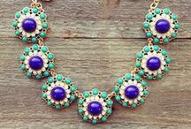 sparkly jewelry / by Hallee Zinck