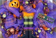 Halloween / by Mariana Mariana