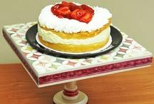 Cake stands / by Joyce Lewandowski