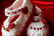 Baby Shoes / Booties Crochet / by Debra Mendoza