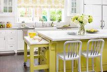 kitchens / by Jenna Vela