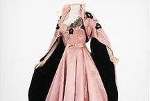 Fashion: Clothing / by Karina Brown