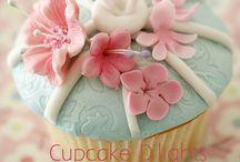 Cupcakes / by Mariana Gomez
