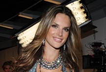 Alessandra Ambrosio Style / Me style icon / by H & Y