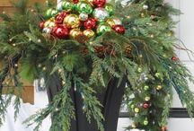 Christmas / All things Christmas. Crafts, decorations, recipes / by Tara Bergeron