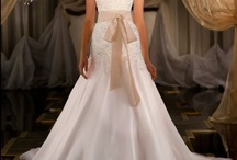 Wedding Bridal Gown A-line / by Kaitlin Kozlowski