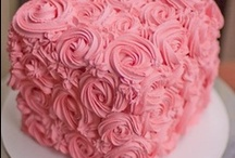 Decorating  Cakes & Cupcakes  / by Jan Fox