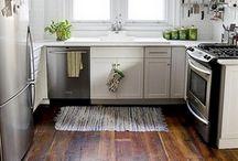 Kitchen / by Heidi Lally