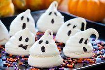 Spooky Food ::: Halloween Treats / Fun Halloween Treats for the Kiddos ... and ME! / by Nicole (wonkywonderful)