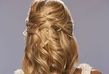 Beach Wedding Hair Styles and Updo's / Unique wedding looks for your vows on the beach - Simple yet stunning. http://www.hairperfecter.com/wedding-hair-tips/ / by Perfecter Beauty Brands