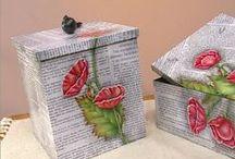 Cajas / by Zsuzsanna E. Selmeczi