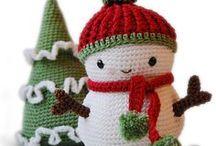 DIY Felt, Yarn & Fabric Crafts / by Jia Wen