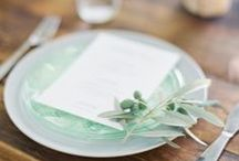 (Tablescapes) / Gorgeous tables for entertaining or your wedding! / by DIY Wedding Planning