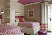 Bedrooms / by Linnette Girau