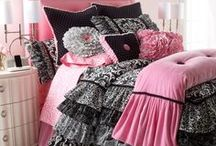 (Bedding Sets) / by Crystal Renee