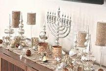 Hanukkah Holiday Table / #Wonderbag curated images of #Hanukkah Decorations, Hanukkah Recipes, and Hanukkah Ideas that move us. Share your Hanukkah visions with us @Wonderbag #Wonderbag #Chanukah / by Wonderbag Portable Slow Cooker