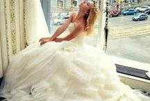 Wedding dresses / by Melissa Thate