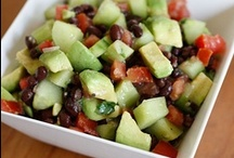 Salad/Veggies / by Elizabeth Baccam