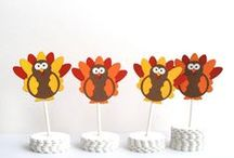 Thanksgiving Party Decor / Amazing Finds for Thanksgiving / by Maria Palito