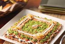 AVOBOWL / With a #BigGame comes an even bigger appetite!  Load your tables with avocado dips, spread them on your sandwiches and toss them over a bowl of nachos or chili! / by Amazing Avocado